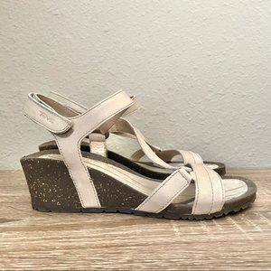 TEVA Cabrillo Crossover Leather Wedge Sandal 7